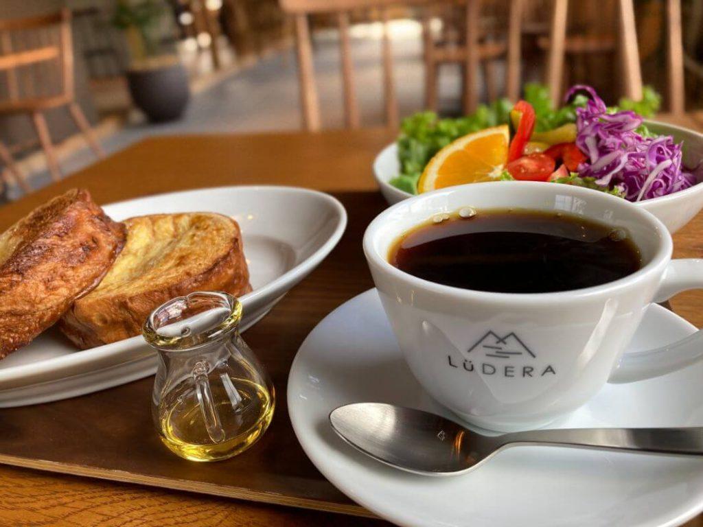 箱根仙石原のカフェ「ルデラ」モーニング